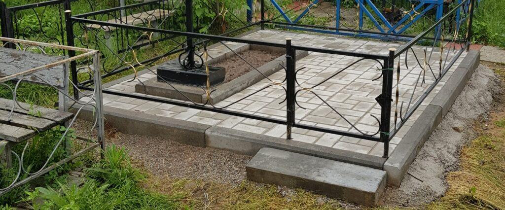 установка ритуальных оград на могилу